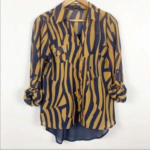 🌿Mine Sheer Button Down Blouse Navy & Tan